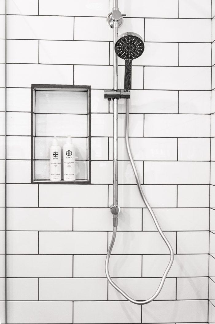 rengöra duschkabin plast